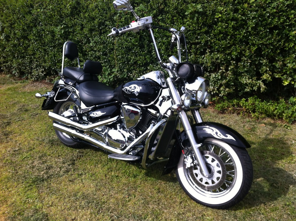 Couple of pics of my .......... 2010 Suzuki Intruder C800 Cruiser IMG_0808