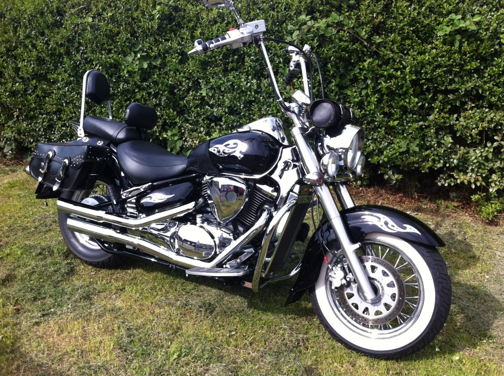 Couple of pics of my .......... 2010 Suzuki Intruder C800 Cruiser IMG_0811
