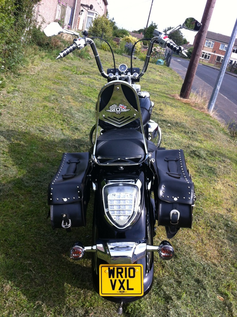 Couple of pics of my .......... 2010 Suzuki Intruder C800 Cruiser IMG_0814