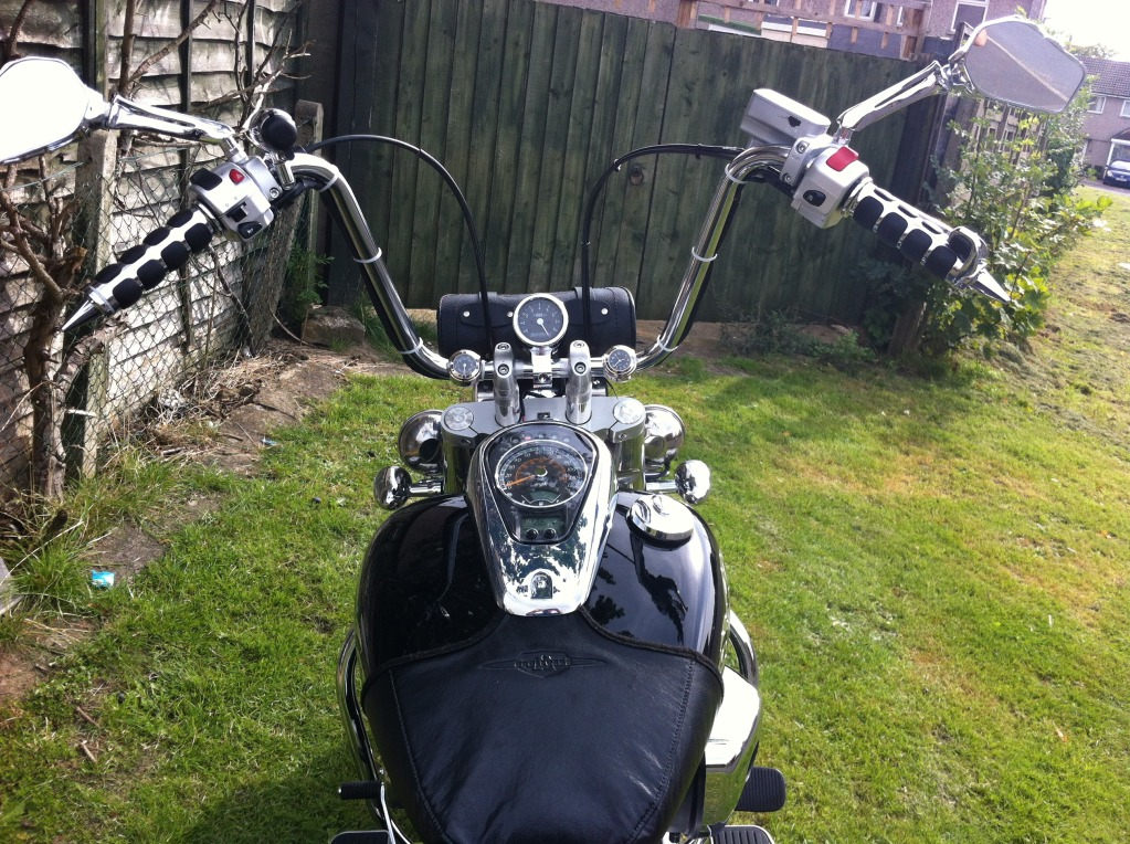 Couple of pics of my .......... 2010 Suzuki Intruder C800 Cruiser IMG_0816