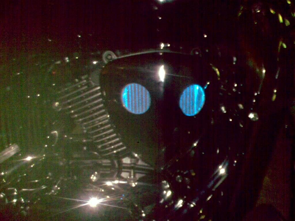 Suzuki C800,  Lighting Up The Air/Filter Box Dark