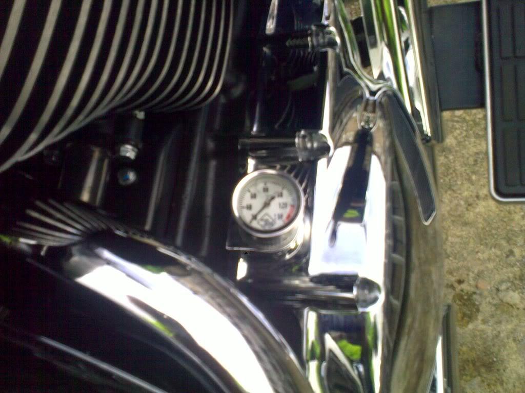 * Suzuki C800, Oil Temperature Gauge * Oij