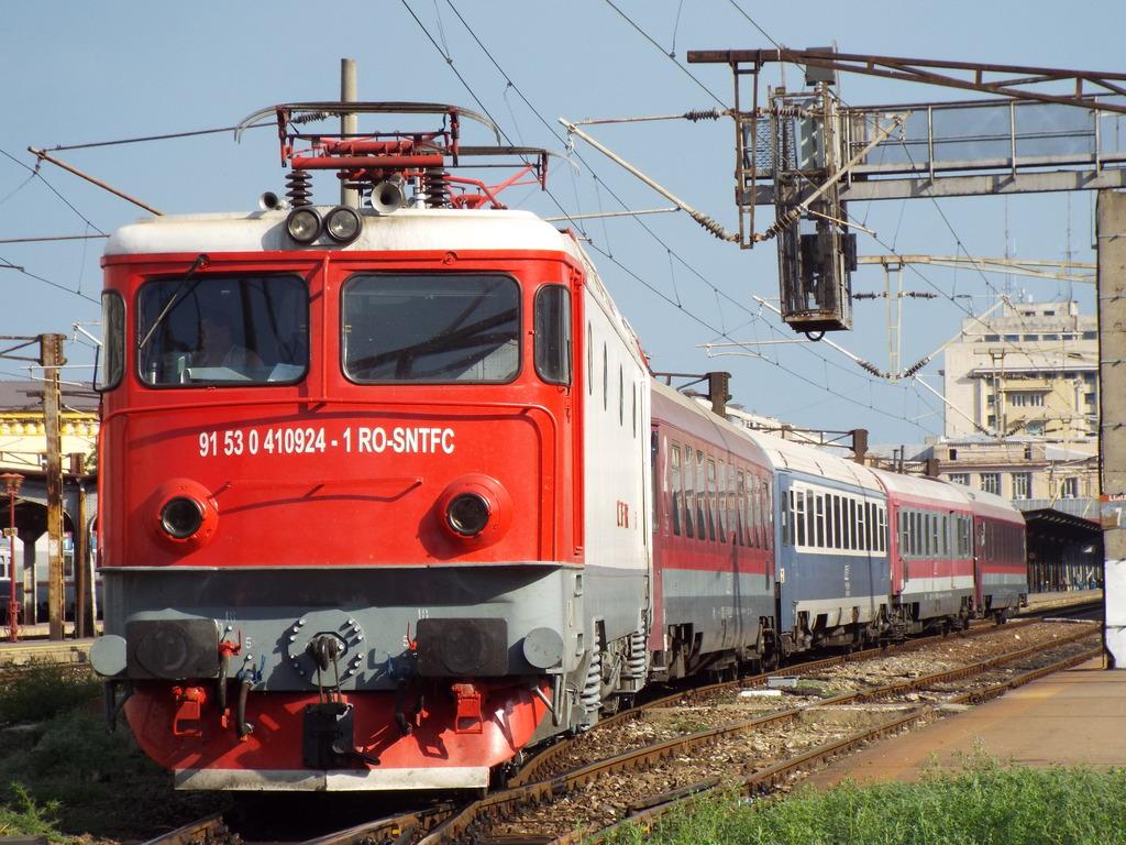 Locomotive clasa 410 410924_1633_zps4hfzk8t3