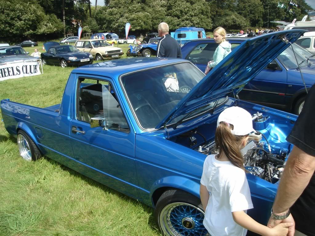 Classic car show 2011 DSC014021024x768
