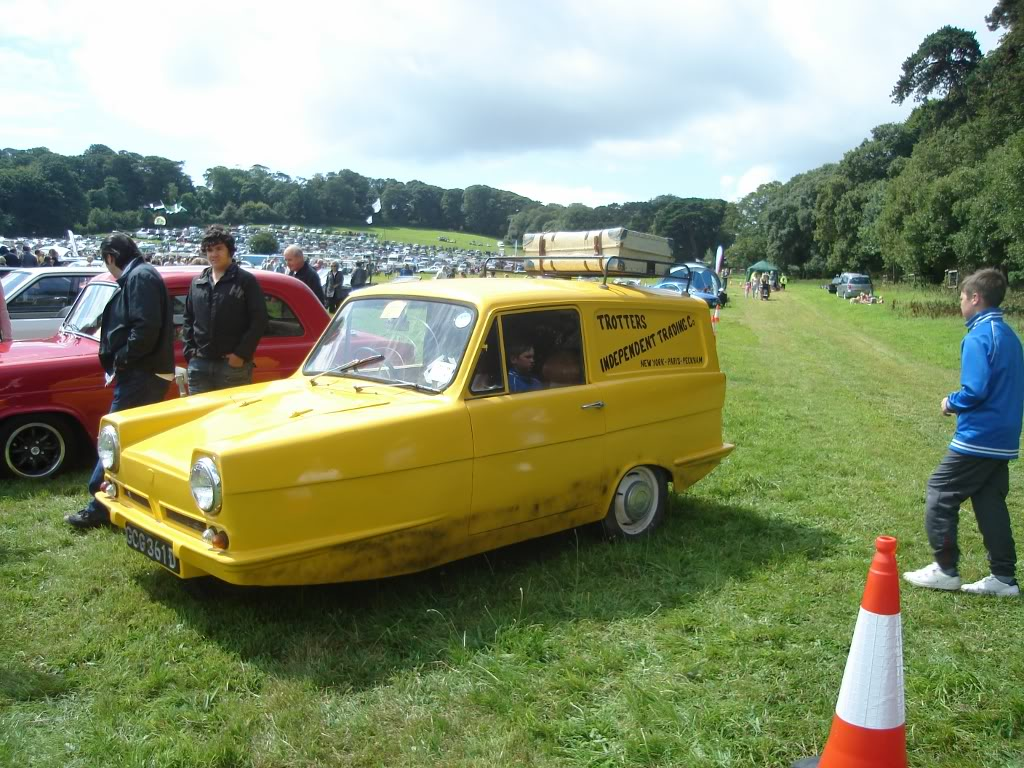 Classic car show 2011 DSC014061024x768