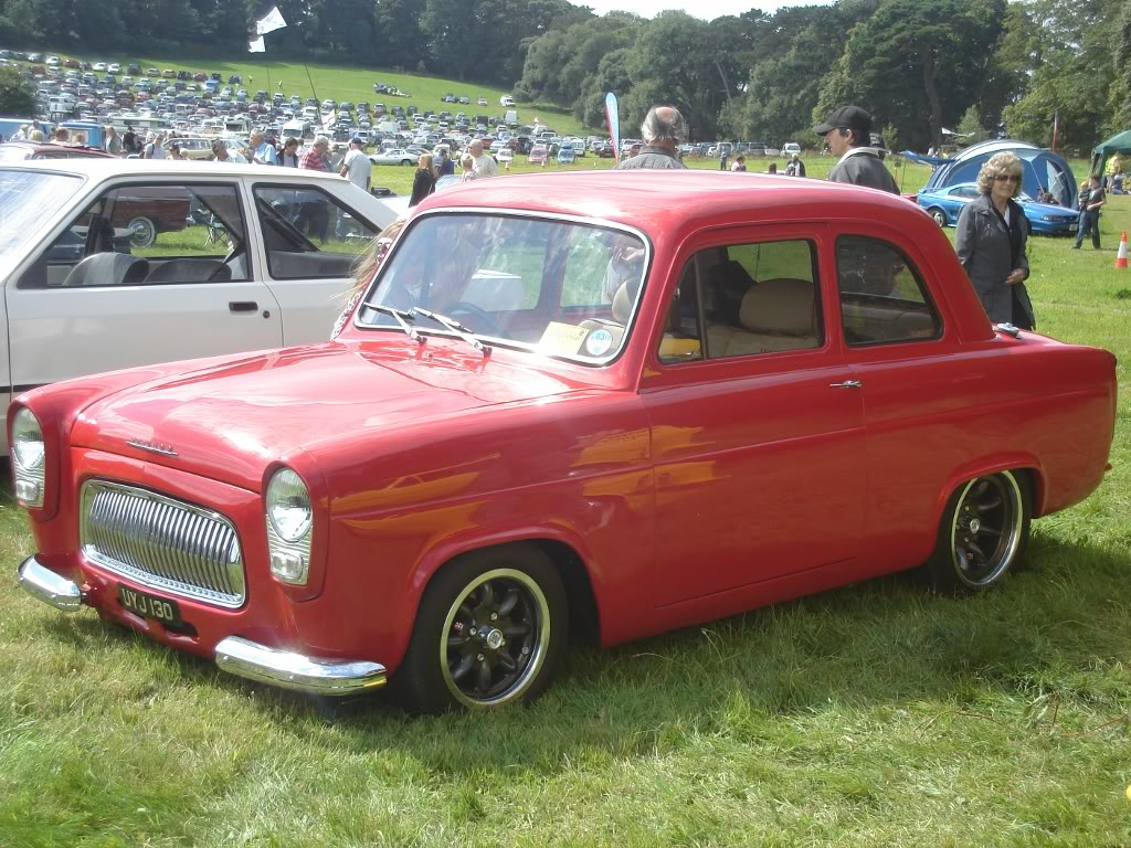 Classic car show 2011 DSC014071024x768