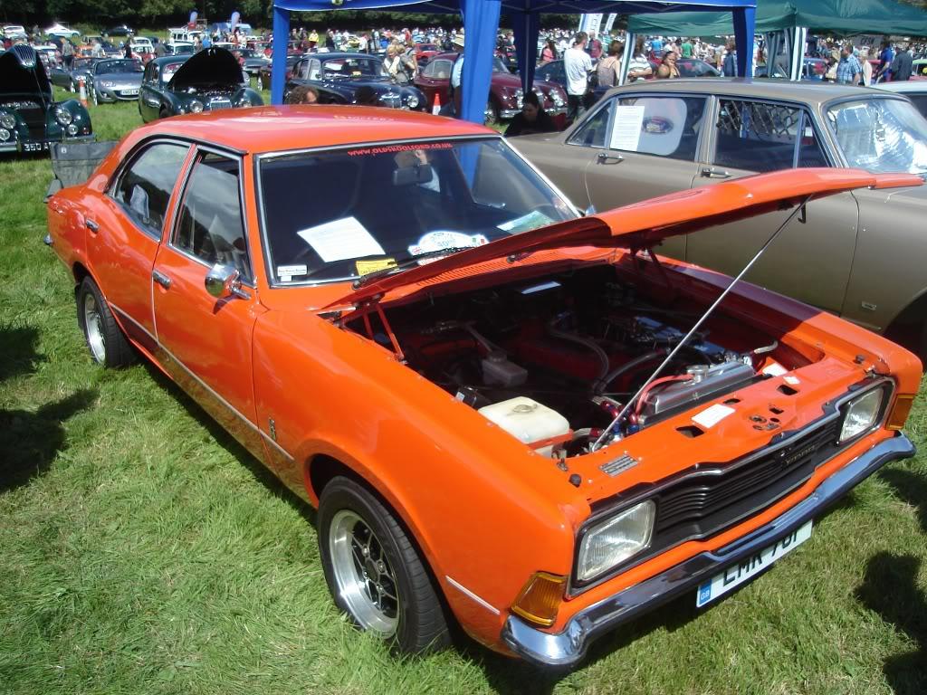 Classic car show 2011 DSC014171024x768