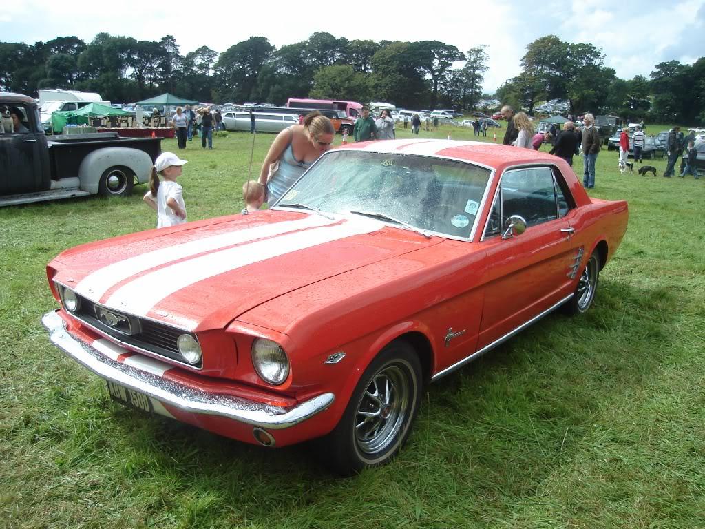Classic car show 2011 DSC014311024x768