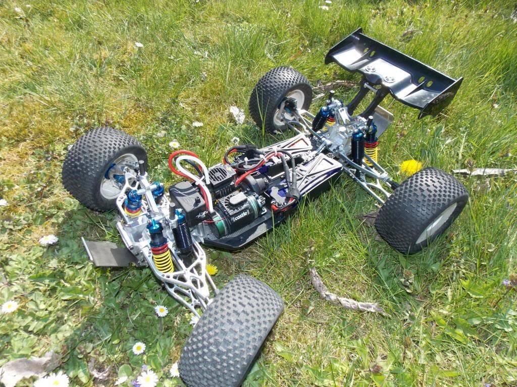 Ph@ntom Maxx chassis 903366_443502502404950_577297054_o_zps7ca3c673