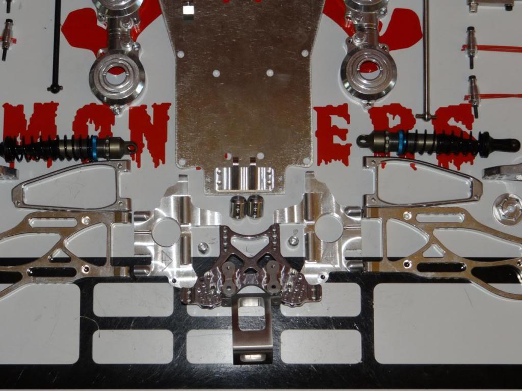 Ph@ntom Maxx chassis DSC01025_zps743ad4bb
