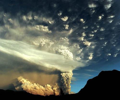 Fotos de la erupción del volcán Puyehue Puyehue03a