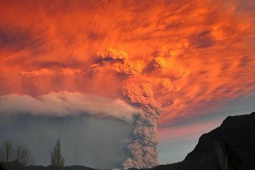 Fotos de la erupción del volcán Puyehue Puyehue10a
