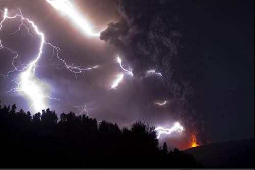 Fotos de la erupción del volcán Puyehue Puyehue17a