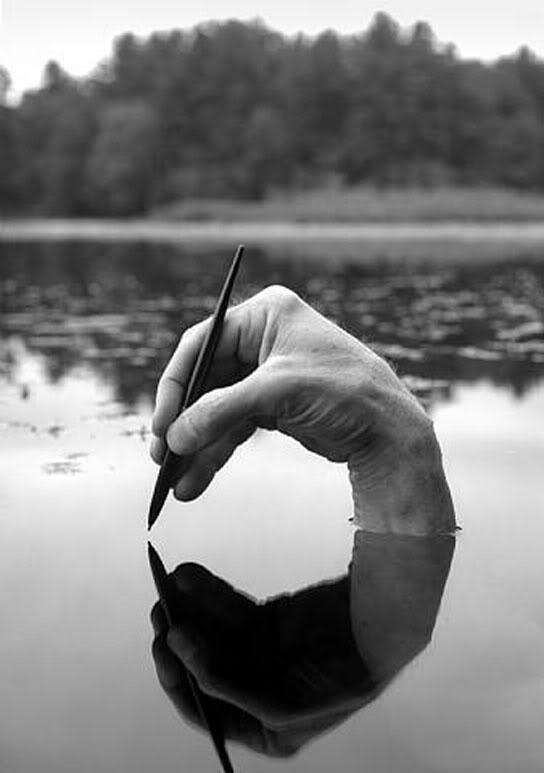La importancia de ejercitar expresarse por escrito Escribir-agua