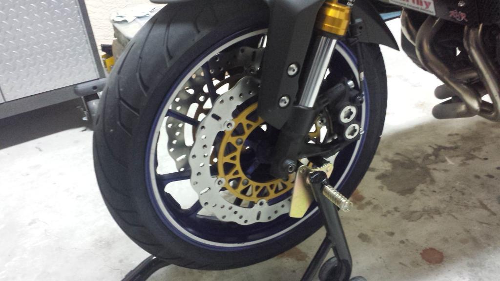 Disque de frein 320mm 20140731_202015_zpsf7339799