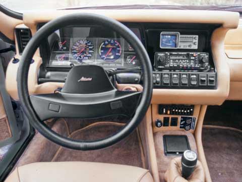 Aston Martin Lagonda 1974 617_miura_02_zpsd28f5544