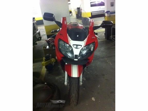 Mais uma RF900 agora com foto. Suzuki_rf_900_r_1998_6_1323201425v1_