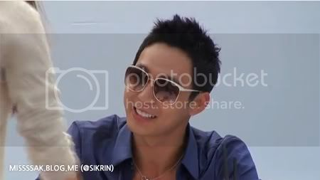 """FANCAMS """"Firma de Autografos para Ottogi"""" - Yoochun (07/06/2012) Thyhyh"""