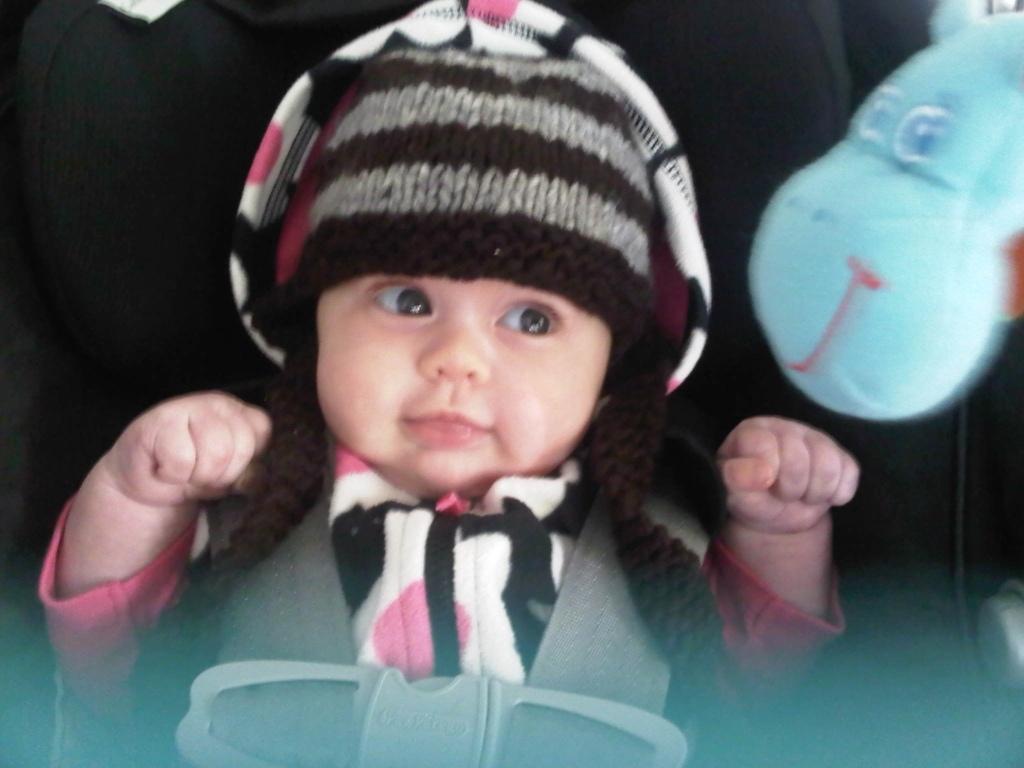 My baby cousin Sienna *LOTS of pics* D58BE71F-08D9-422B-8CD1-4FB176317AA3-7201-000004D6E57AC650_zps2e09c81c