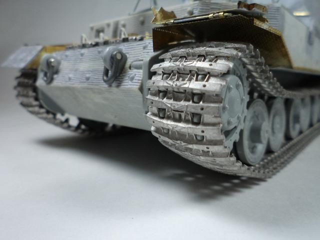 sdkfz 184 ELEFANT [Dragon model +PE Voyager] DSC09961