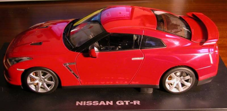 help lads with minichamps focus rs 001-10