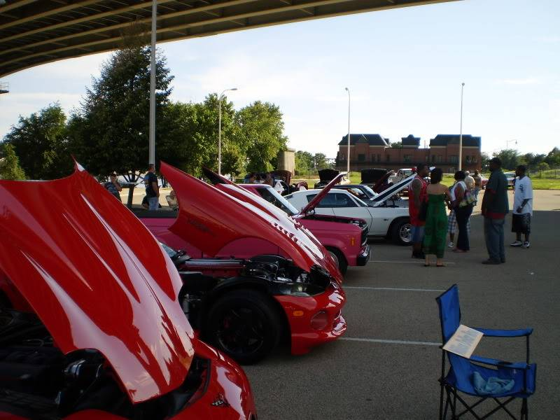 Post Your 09 Car Show Pic's P7110039