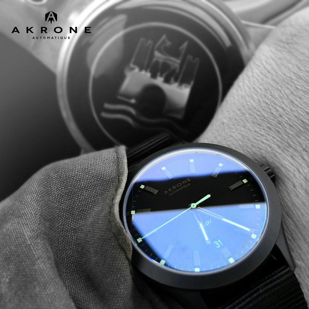 AKRONE K01Mint 3932D57D-1CDC-444E-8C52-F29D2B6DD59A