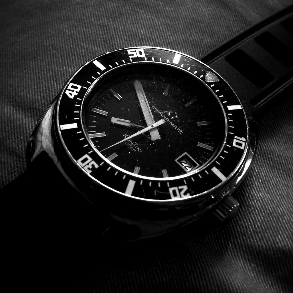 Votre montre du jour - Page 30 3740C6EA-5751-4D23-9CD3-4DC859D2DB51
