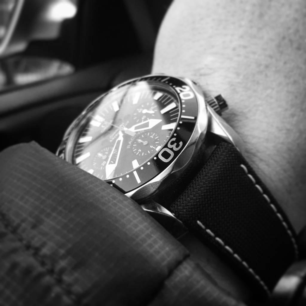 Votre montre du jour - Page 4 42D5C50D-8C79-4152-95CD-F7FFC5464BE1