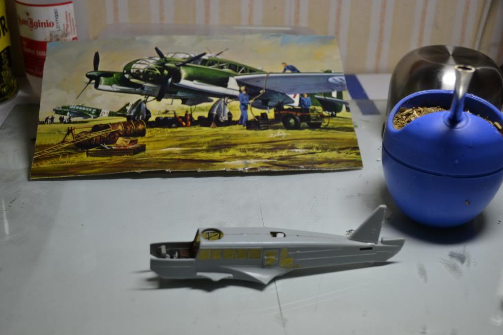 Caproni CA. 313  1/72  Italeri Imagen001_zpseb8caf7e