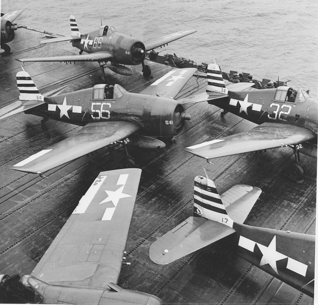 "F 6 -F5 Hellcat ""USS Randolph"" 1/35 Hasegawa F6F-3HellcataircraftofVF-12onthedeckofUSSRandolphCV-15_zpsb6b1d182"
