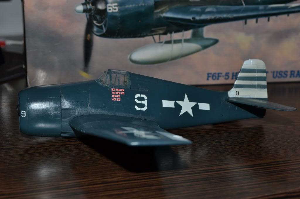 "F 6 -F5 Hellcat ""USS Randolph"" 1/35 Hasegawa Imagen010_zpsafd48d24"