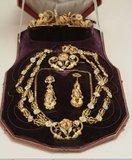 La joyería femenina en el s. XIX Th_Aderezo_zpsdfc624d3