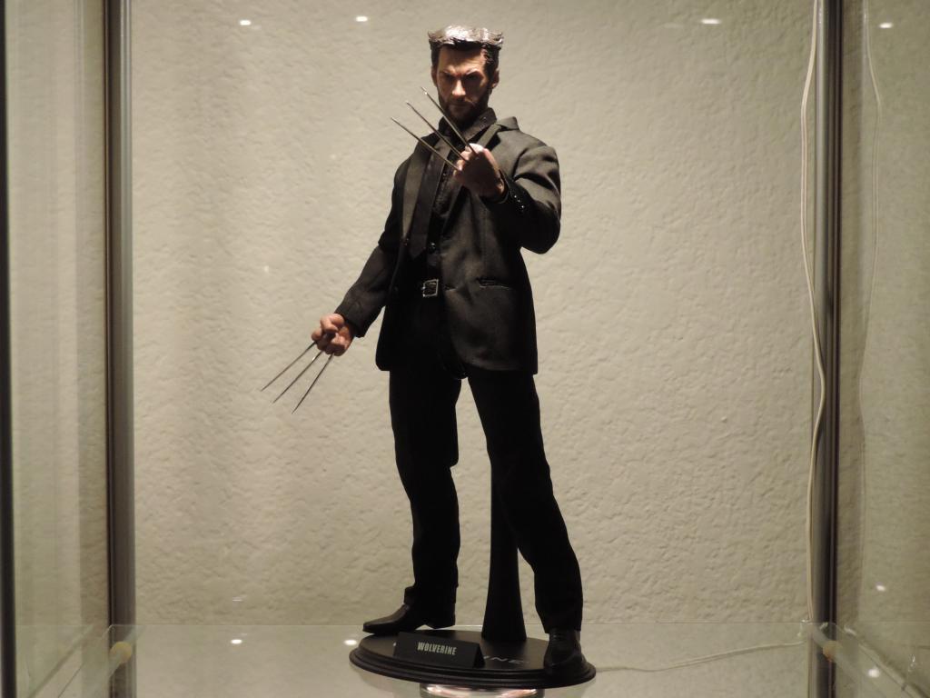 [Modern Life] VH02-CS: Wolverine/Hugh Jackman - 1/6th scale head DSCN3913-1