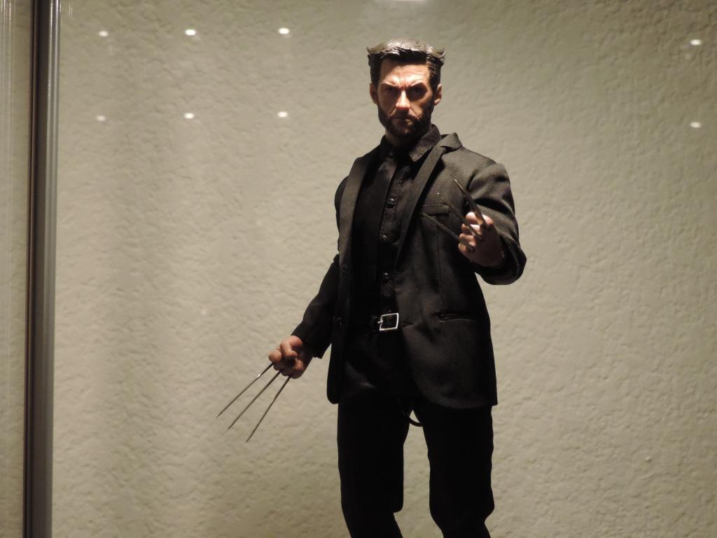 [Modern Life] VH02-CS: Wolverine/Hugh Jackman - 1/6th scale head DSCN3954
