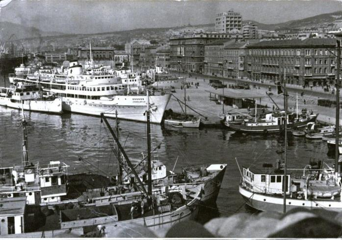 Fotografije iz prošlih vremena - Page 3 Croatia-12a-rijeka