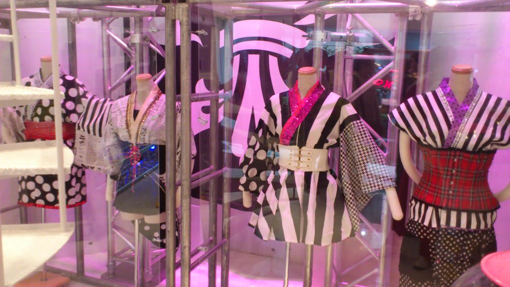 SCANDAL SHOP in Harajuku (7.20.12-8.31.12) 620718204