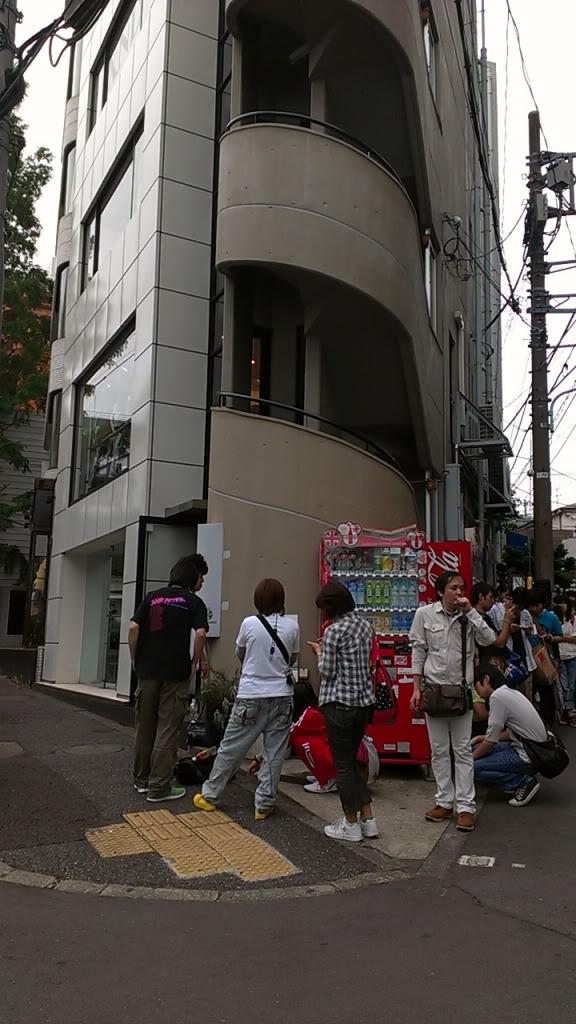 SCANDAL SHOP in Harajuku (7.20.12-8.31.12) Clip_3-6