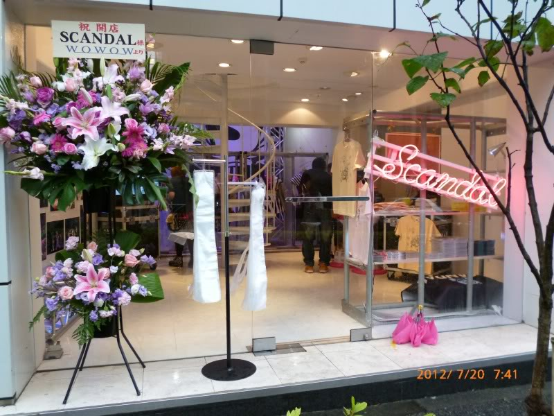 SCANDAL SHOP in Harajuku (7.20.12-8.31.12) SCSHOP01