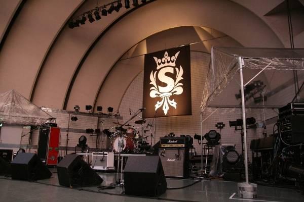Yoyogi Park free live (09.27.2012) Sc06-1