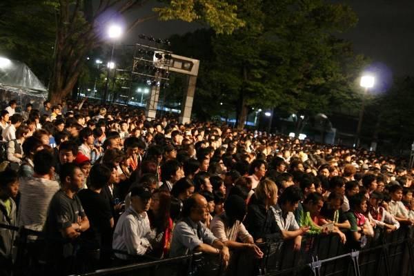 Yoyogi Park free live (09.27.2012) Sc08-1