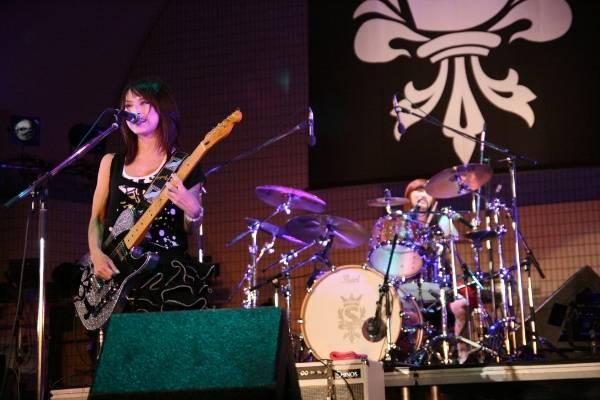 Yoyogi Park free live (09.27.2012) Sc11-1