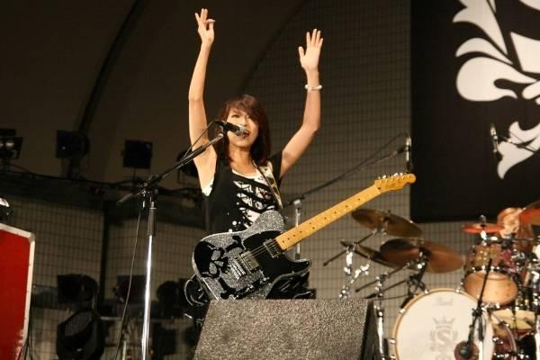 Yoyogi Park free live (09.27.2012) Sc14-1