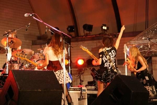 Yoyogi Park free live (09.27.2012) Sc23