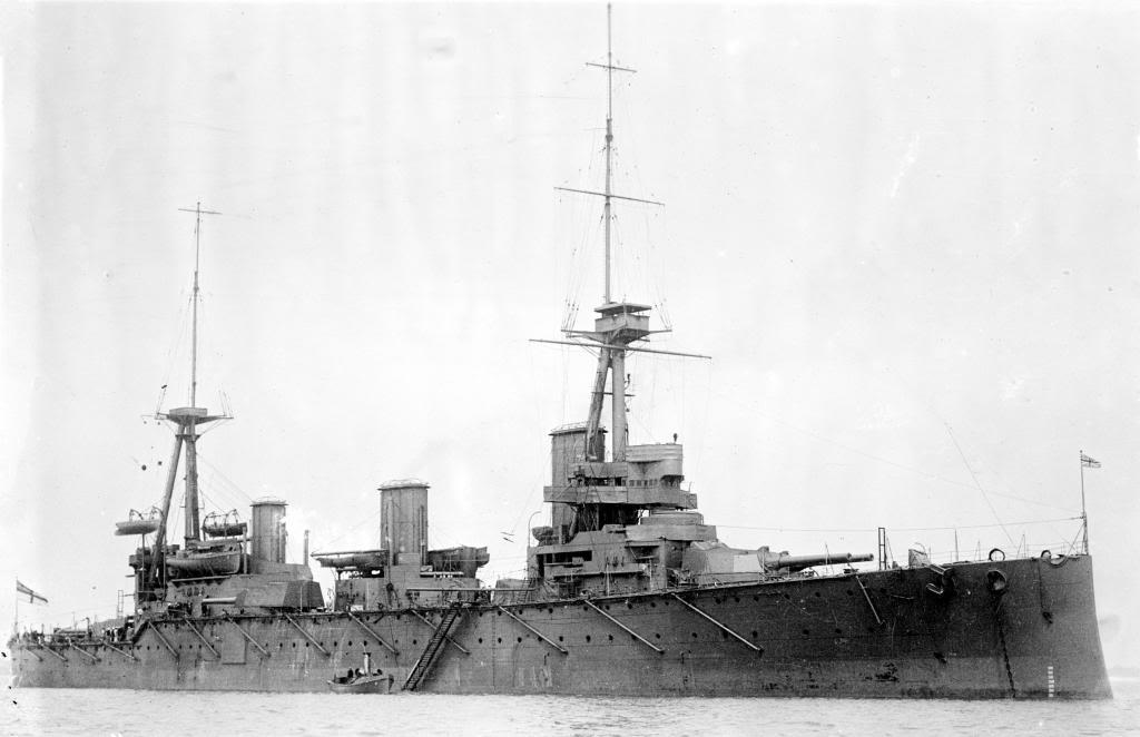 ROYAL NAVY : CROISEUR DE BATAILLE - Page 2 HMAS_Australia_LOC_16921u_zps63d4b04b