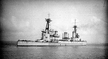 ROYAL NAVY : CROISEUR DE BATAILLE - Page 2 HMS_Indefatigable_1909_zpsca36970b