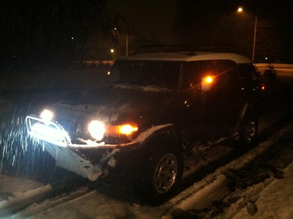 FJ's in the snow! - Page 2 Photo16_zps3b365418