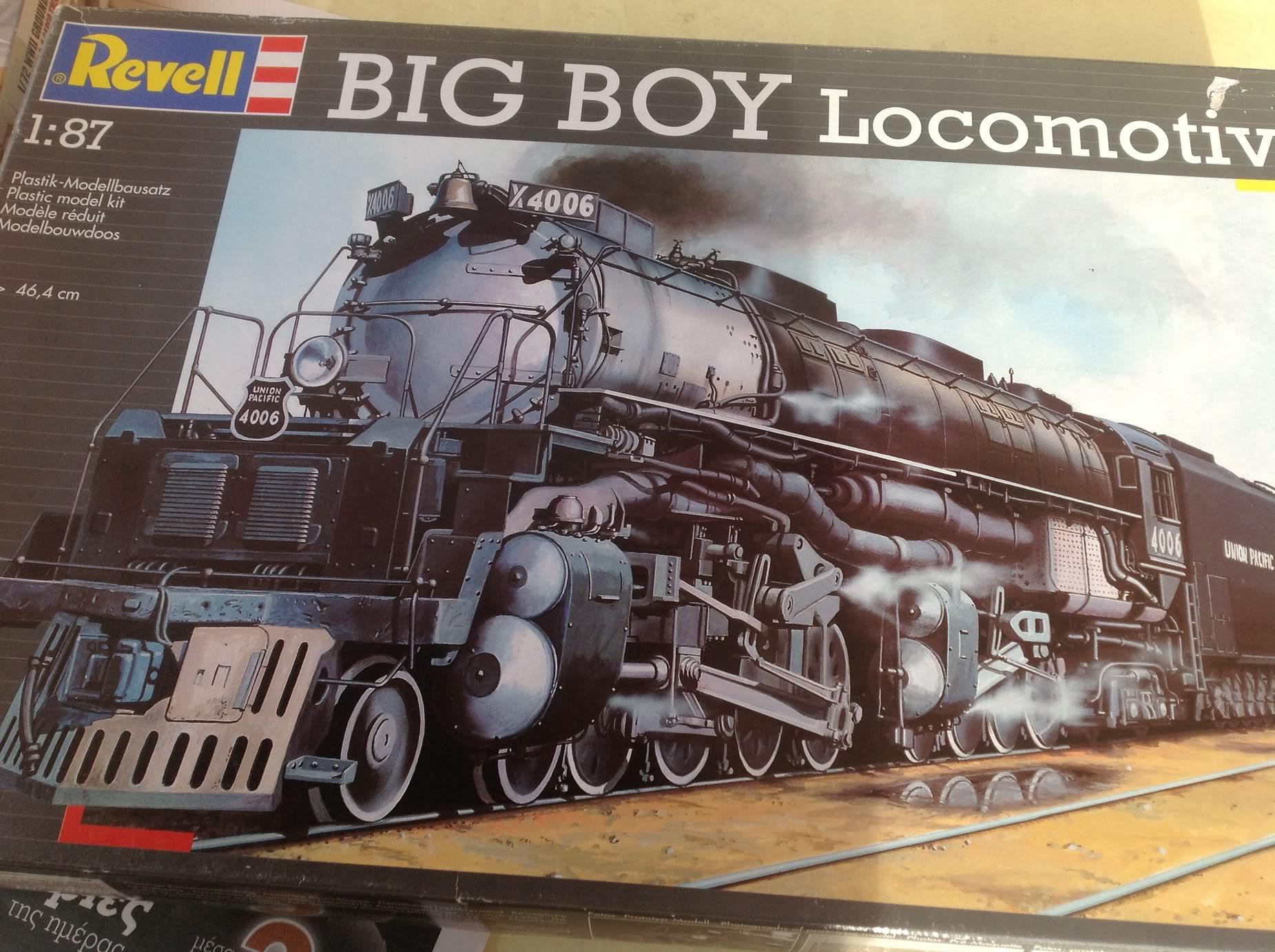 BIG BOY Locomotive  1/87 Revell 017-5