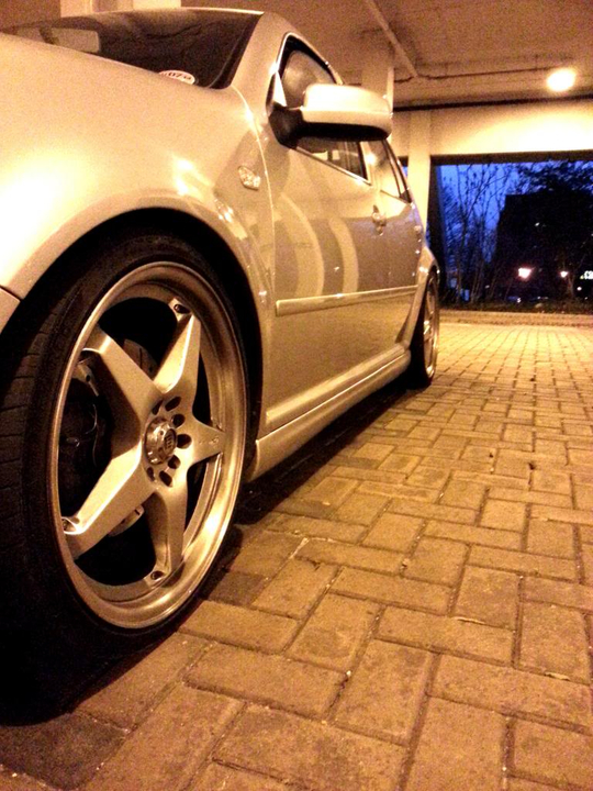 Side Skirts Are On 3_zps5e613cb6