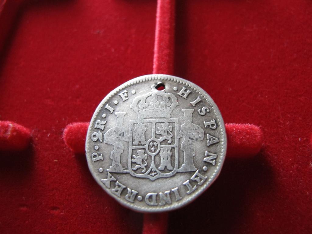 2 Reales 1811. Fernando VII. Popayán? J. F. IMG_0072_zpsbe546bcd